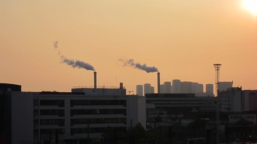 pollution de l'air - pollution des sols